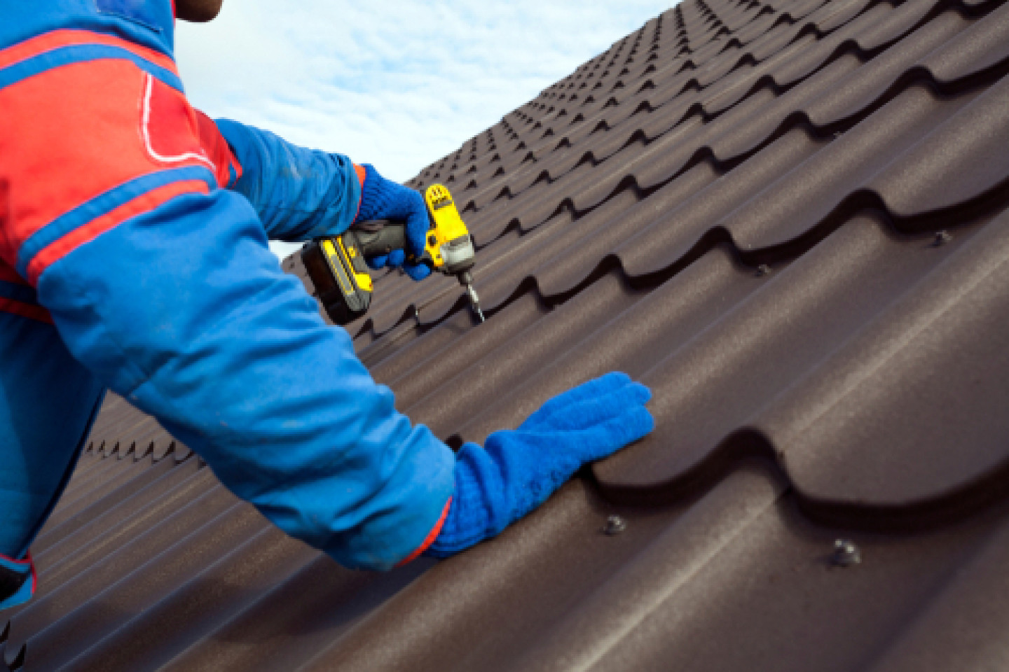What types of roof repair services do we handle?